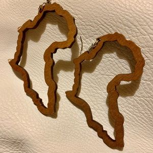 Brown Wooden Africa Continent Earrings. NEW!!!